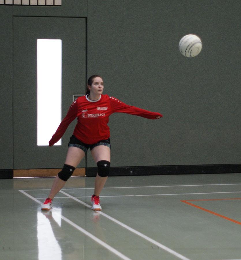 Janika Pusch am Ball
